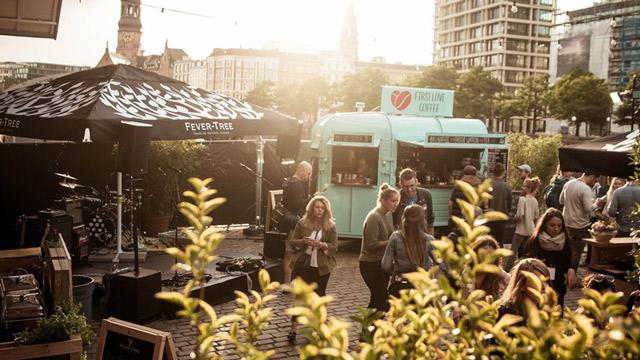 FirstLoveCoffee: Jetzt Fahrt aufnehmen und mit dem mobilen Coffee-Shop-Konzept in die Selbstständigkeit starten