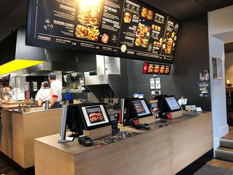 Vom Eigenbetrieb zum Franchise-Restaurant: Gastronomiesystem Burgerister übergibt Grazer Store an Partner