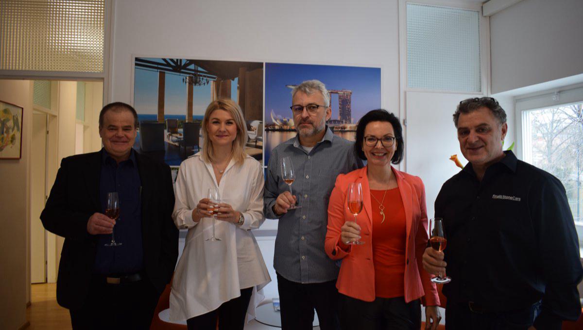 Herzlich Willkommen an unseren Master Franchisenehmer für Tschechien und die Slowakei