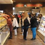 BROT & BRÖTCHEN: Markenrelaunch mit Café-Konzept