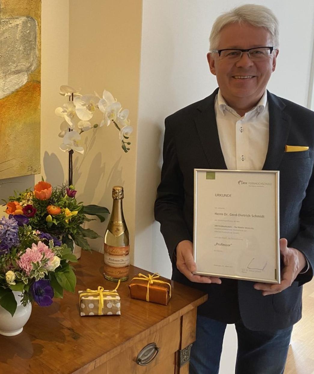 Gründer des Franchisesystems der Duden Institute für Lerntherapie erhält Honorarprofessur