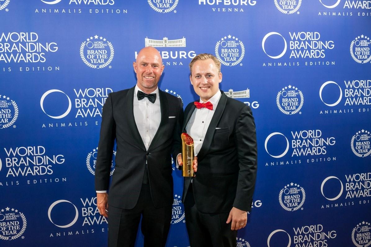 """Das weltweit führende Tiernahrungsunternehmen Husse hat die Auszeichnung """"MARKE DES JAHRES"""" in Wien gewonnen!"""