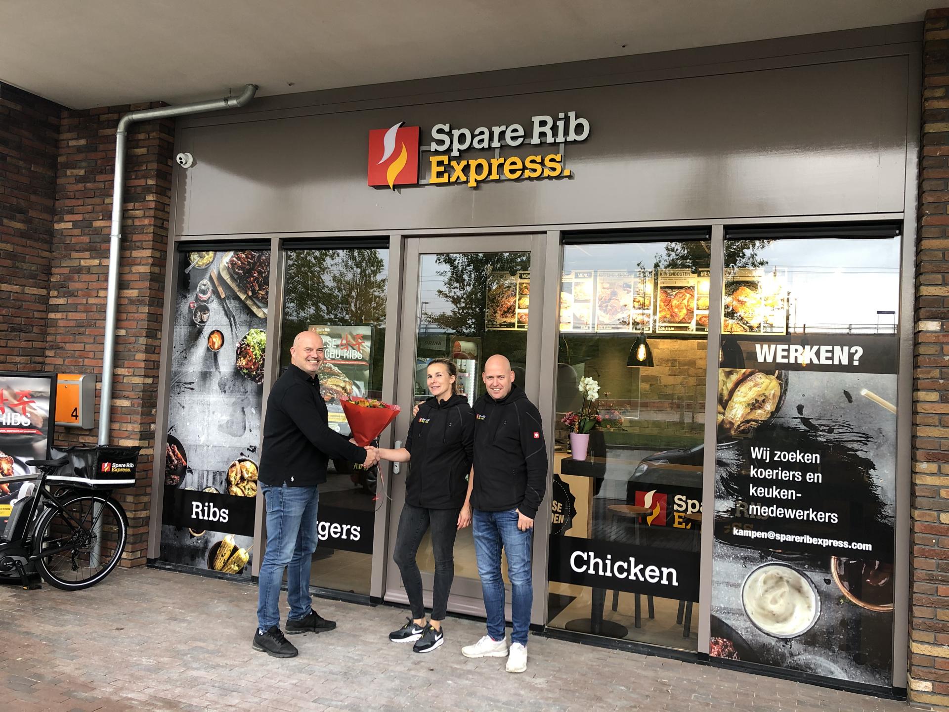 Spare Rib Express schenkt neuen Franchisepartnern 50.000 Euro