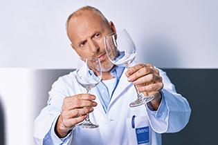 cleanus: Damit Gäste ihr Essen und Trinken genießen können