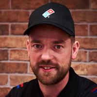 Vom Pizza-Ausfahrer zum CEO: Franchise-System Domino's Pizza hat wieder einen neuen Deutschland-Chef