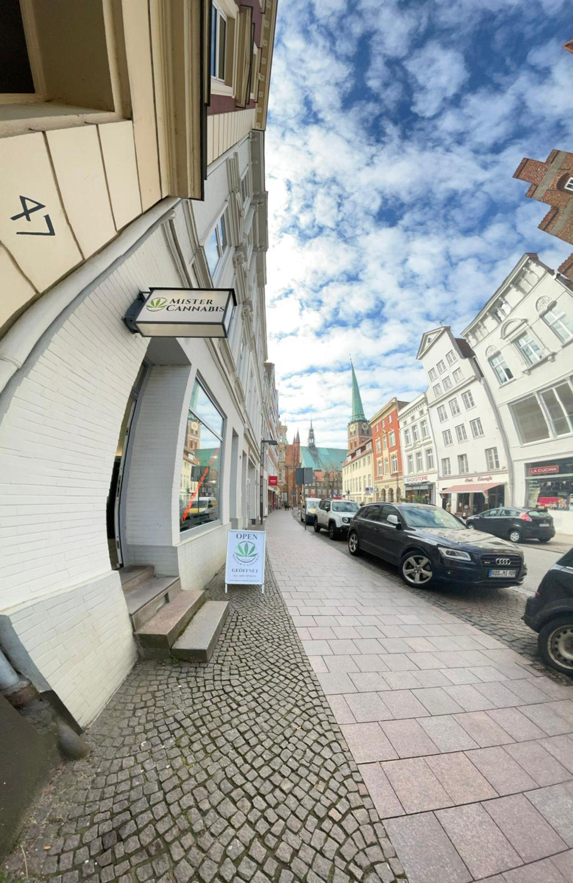 MISTER CANNABIS: CBD-Store-Eröffnungen in Soest und Lübeck am 10. April 2021