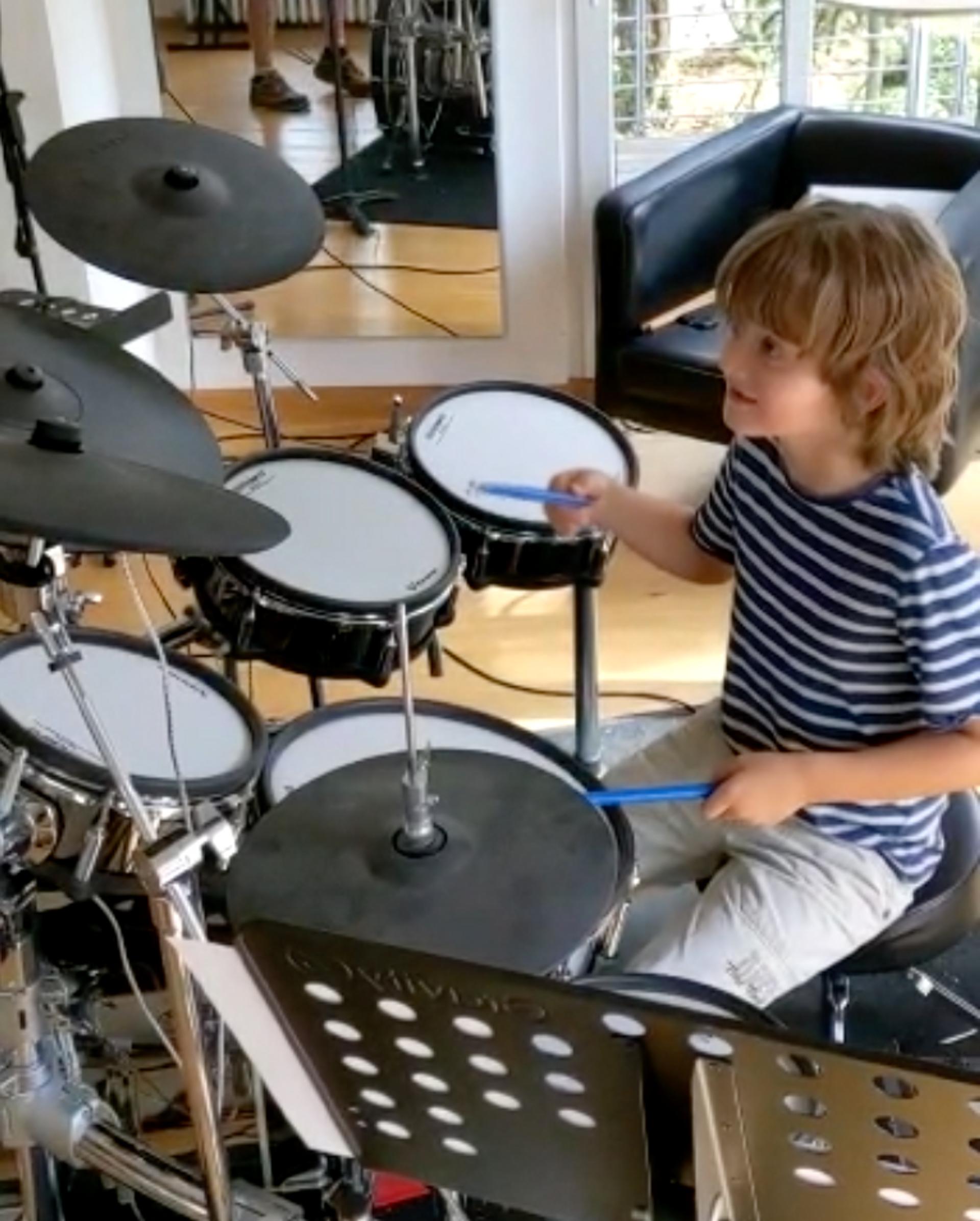 Dreh mit Roland - neuer SoMe Spot des Musikinstrumenteherstellers