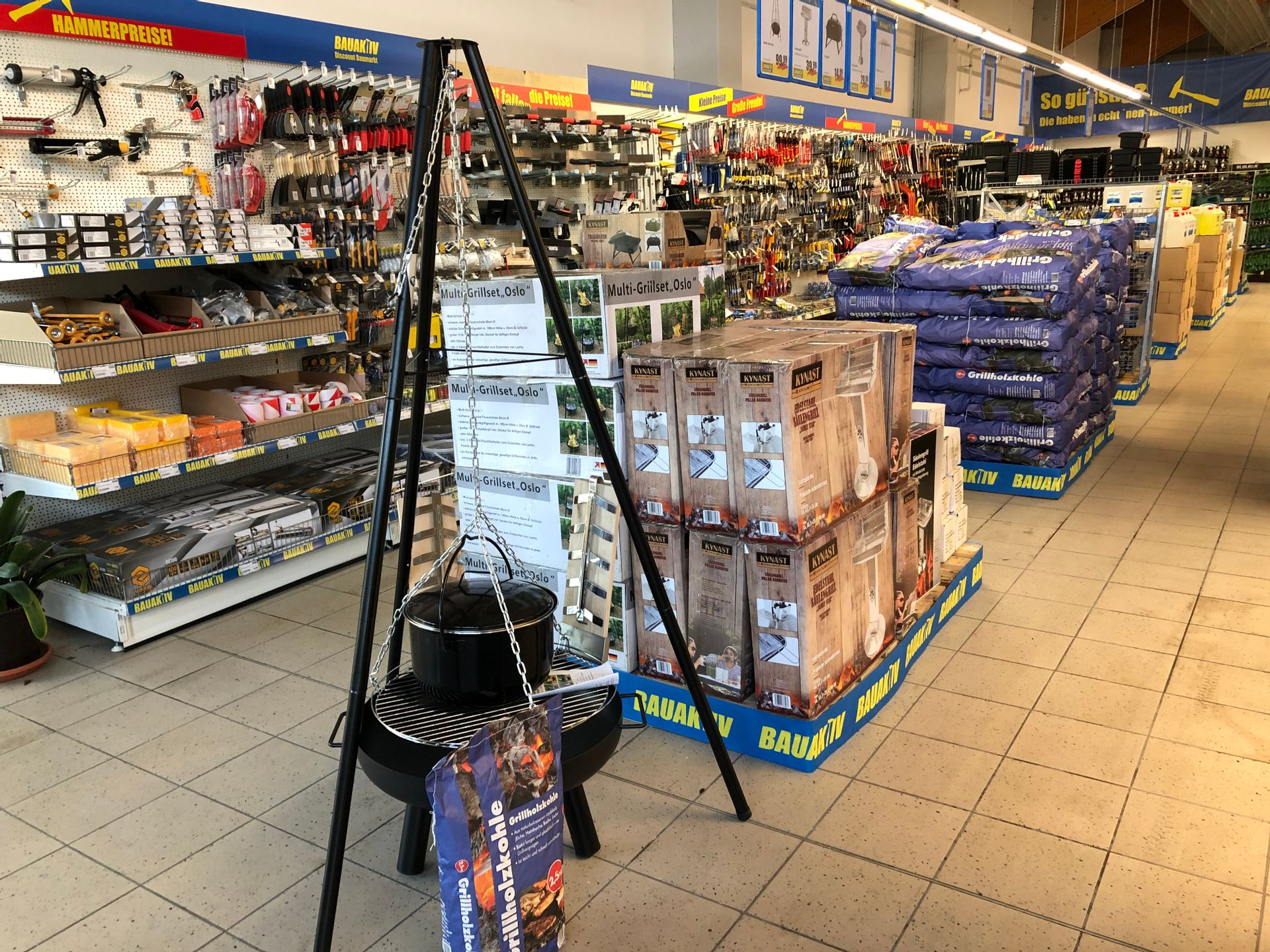 Die Expansion geht weiter: BAUAKTIV Discount Baumarkt in Auerbach i. d. OPf. erfolgreich eröffnet